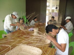 Handicrafts Weaving Training (2)